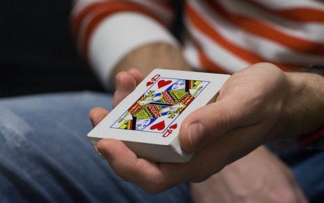 Texas Hold Em poker mistakes
